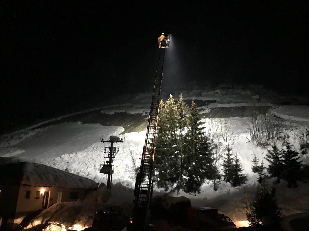 Schnee- / Hangrutsch
